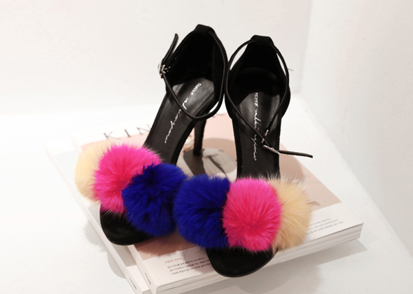 rabbit fur heel