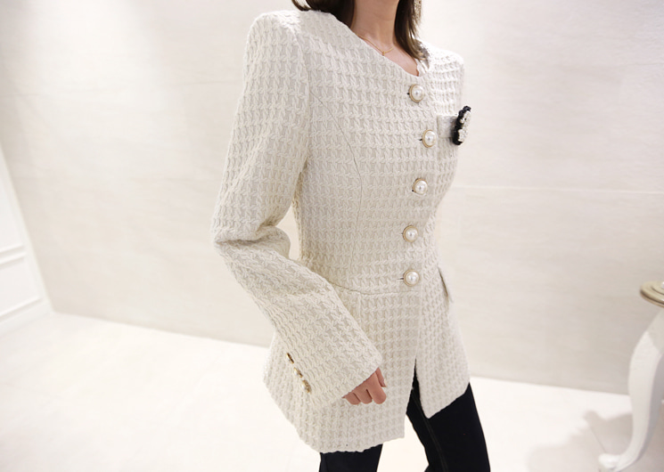 lady pearl  jacket
