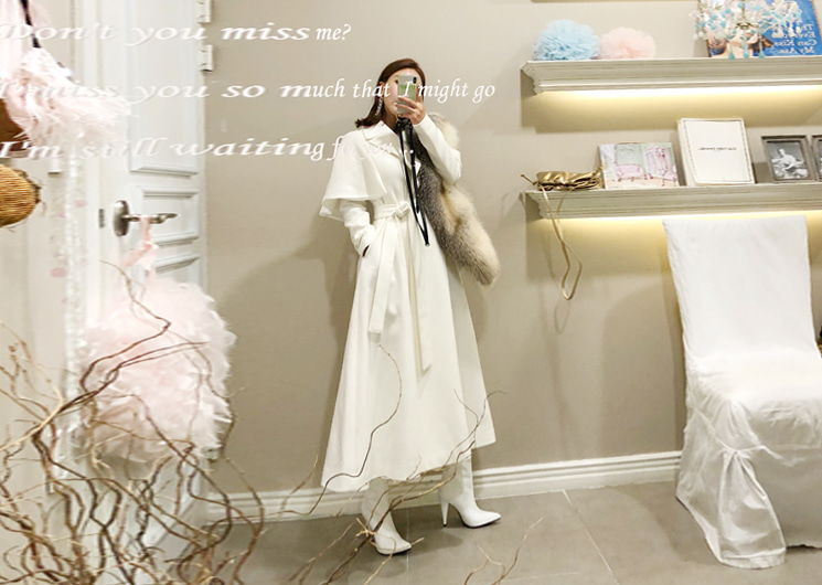 cha cha cape coat (white)