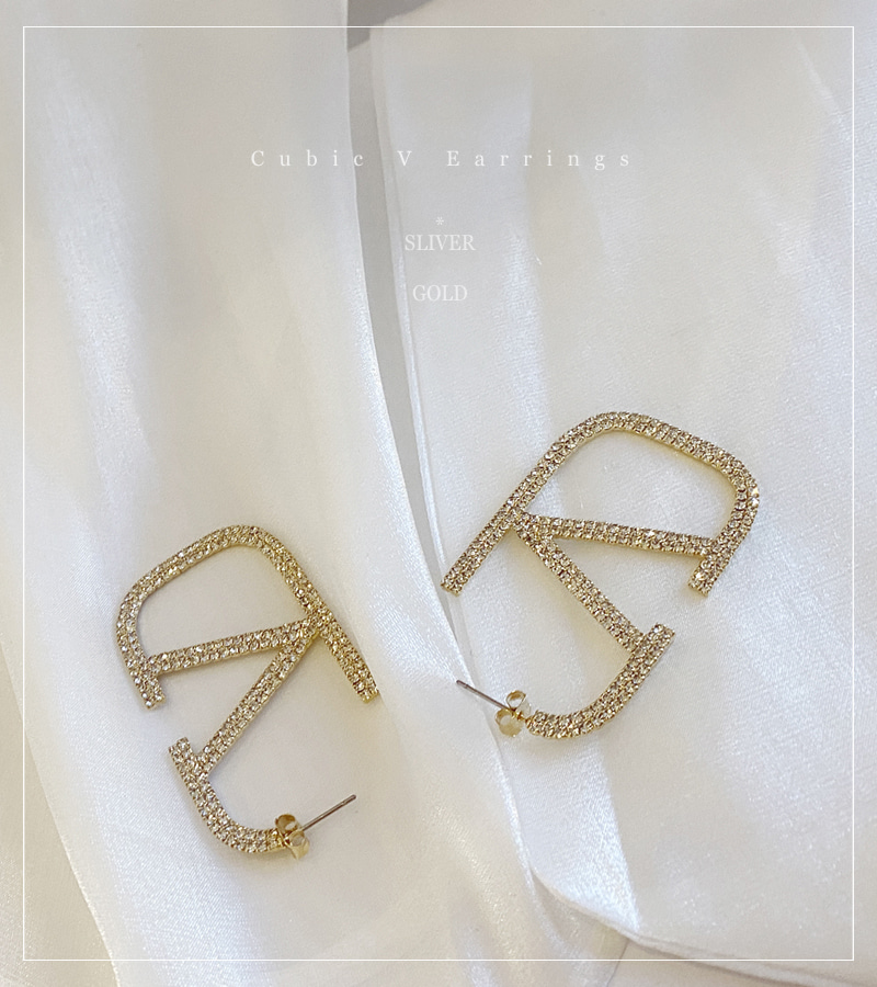 Cubic V Earrings